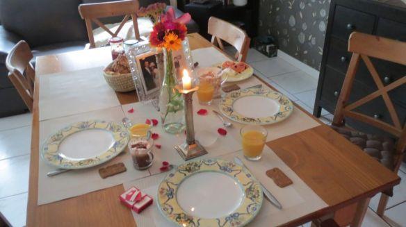 Hochzeitstag -Frühstück Stempelwalkuere 1