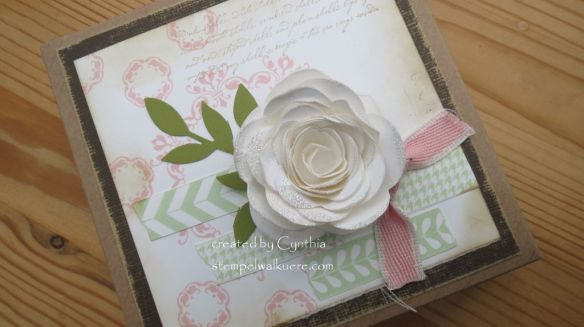White glitter Rose Box 1